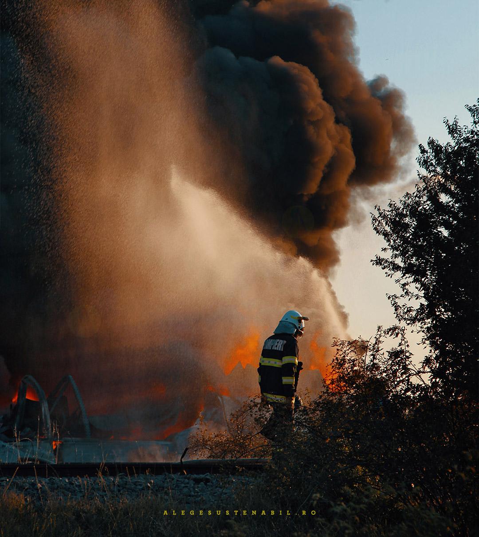 Pompierii au stins la Incendiul de la Fabrica Atifco Bragadiru 30 Iulie 2020